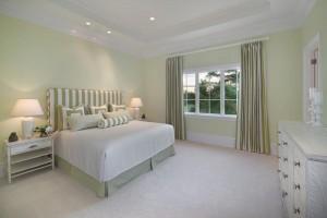 Column Guest Bedroom 4
